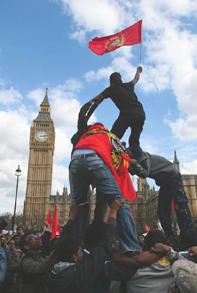 Protest_London_BigBang