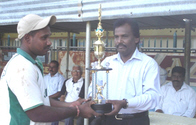Linganathan_in_a_prize_giving